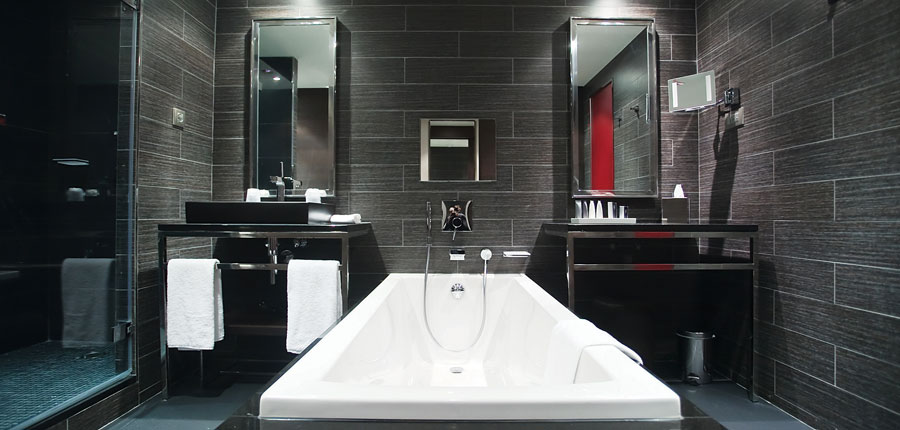 france_espace-killy_val-disere_hotel_avenue_lodge_bathroom.jpg